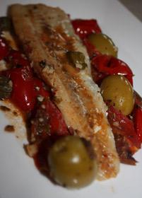 Kapary, oliwki, pomidorki i ryba!