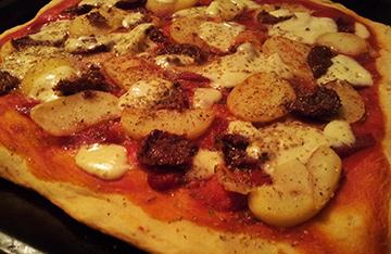 Pizza z ziemniakmi